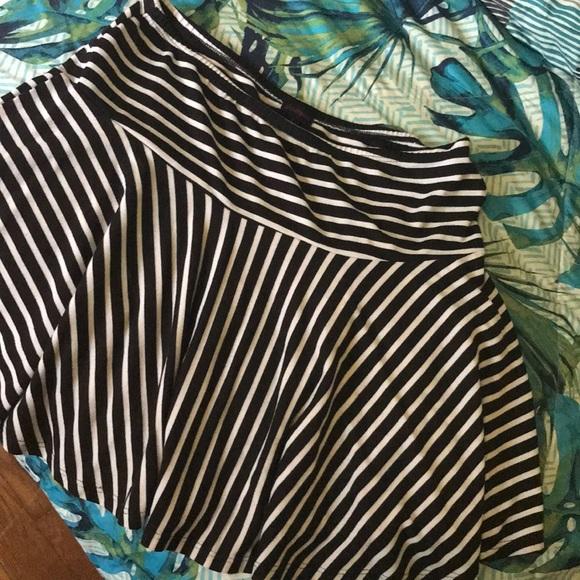shameless Dresses & Skirts - Black white striped skater skirt large